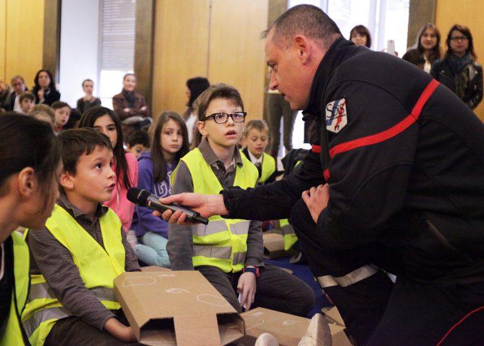 300 enfants formés aux gestes de premiers secours à Paris.